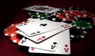 Cara Menangani Empat AS di Poker